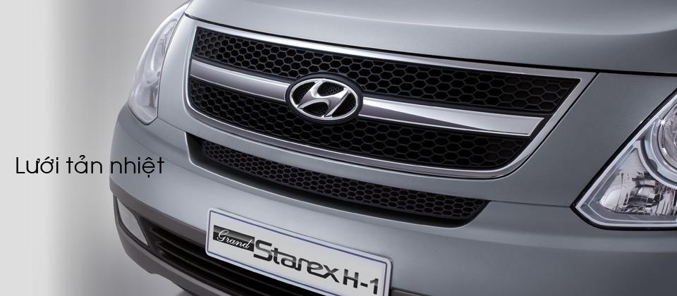 Ô tô Hyundai Starex chở tiền Đà Nẵng
